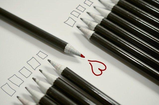 鉛筆 赤いハート